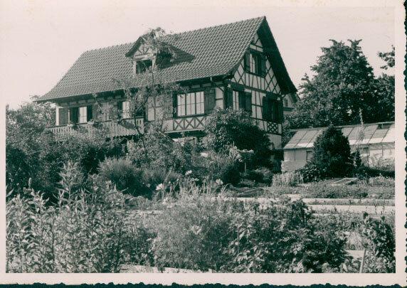 Ansichtskarte Gärtnerei der Gartenarchitektinnen Margrit Hofmann und Lisa Bächle, Männedorf bei Zürich, 1950, LArchiv